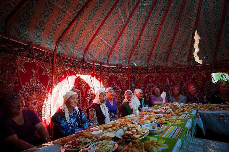Святочны стол у парафіі Казахстана
