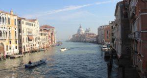 Kanal-v-Venetsii